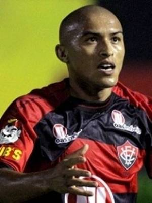 Nino Paraíba é ídolo no Vitória, mas quase foi do Bahia
