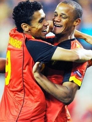 Igor de Camargo Kompany Comemoram Gol Belgica Cazaquistão Eliminatorias Euro-2012 07/10/2011