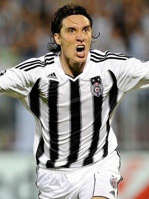Cleo se destacou com a camisa do Partizan Belgrado