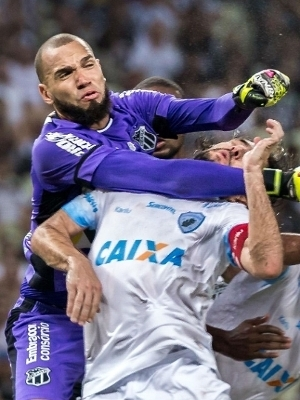 Everson é titular do Ceará