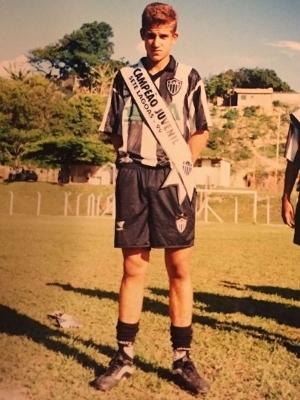 Rafael Moura ficou dez anos na base do Atlético-MG