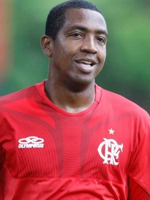Renato Abreu em treino do Flamengo no dia 30 de março de 2012