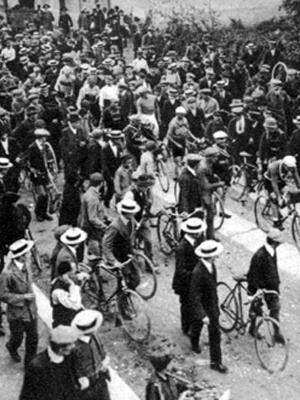 Imagens da 1ª edição do Giro d'Itália