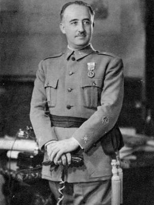 Francisco Franco presidiu a Espanha de 1939 a 1975
