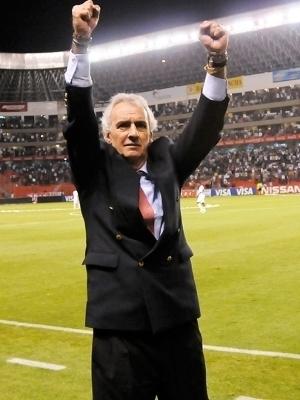 Jorge Fossati Comemora Vitoria LDU River Plate Recopa Sul-Americana 19/11/2009