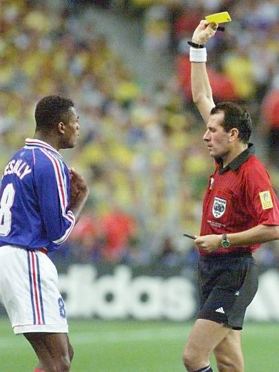 Marcel Desailly - Expulso na final em 1998, hoje é comentarista da emissora de TV Al Jazeera Sport