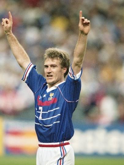 Didier Deschamps - Assim como Dunga, foi capitão em 1998 e é o atual treinador da seleção francesa