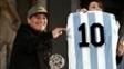 Diego Maradona defendeu Messi de críticas