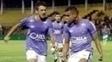Alisson e Robinho comemoram gol do Cruzeiro