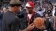 Mayweather se encontra com Isaiah Thomas, astro do Boston Celtics