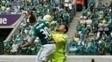 Lance do primeiro gol gerou reclamação do goleiro Wilson
