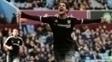 Alexandre Pato comemora seu primeiro gol pelo Chelsea, contra o Aston Villa