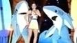 Katy Perry (e seus tubarões) se apresentaram no último Super Bowl