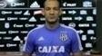 Rodrigo é apresentado na Ponte Preta