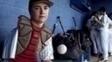 Luke Terry joga beisebol com um braço só