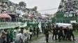 Oficiais do exército entraram com caixões da delegação da Chapecoense na Arena Condá