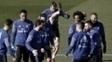 Jogadores do Real Madrid, em treino nesta sexta-feira