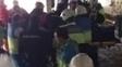 Socorristas ajudam operário peruano que caiu de arquibancada do Wanda Metropolitano