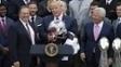 Bill Belichick, Donald Trump e Robert Kraft na Casa Branca