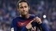 Neymar é um dos cinco brasileiros que castigaram os adversários na última semana pela Europa.