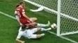 Momento do gol russo, que foi considerado contra