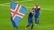 Arnason fez a festa com a classificação islandesa às oitavas de final