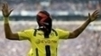 Aubameyang vestiu máscara e se complicou em empate do Dortmund