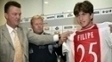 Ao lado de Van Gaal e Koeman, Filipe Luis foi apresentado no Ajax