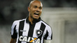 Roger comemora gol do Botafogo contra o Flamengo