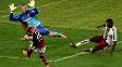 O meia Éverton teve grande chance para marcar no fim, mas parou no goleiro Diego Cavalieri