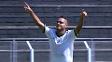 Juninho marcou os dois primeiros gols do time alviverde na competição