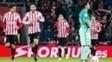 Aduriz comemora gol na vitória do Athletic Bilbao sobre o Barcelona