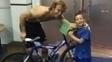 Lugano entrega bicicleta para