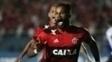 Fernandinho marcou o terceiro gol na vitória contra o Figueirense
