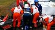 Jules Bianchi recebe os primeiros atendimentos após o grave acidente em Suzuka
