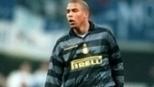 Aos 22 anos e com a camisa 10, Ronaldo confirmou vitória da Inter sobre o Napoli