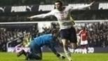 Gomes e Bale brilharam, e Tottenham venceu Arsenal no clássico de Londres