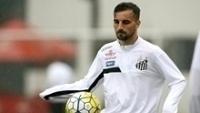Rafael Longuine está em alta no Santos após a vitória sobre o Botafogo-SP
