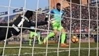 Gabigol recebeu cruzamento livre para fazer seu primeiro gol pela Inter