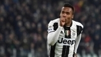 Alex Sandro comemora gol na vitória da Juventus
