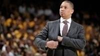 Tyronn Lue, técnico do Cleveland Cavaliers