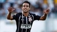 Jadson marcou o segundo gol do Corinthians