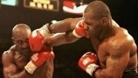 Tyson na primeira luta contra Holyfield, em 1996