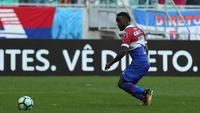 Mendoza marcou dois dos três gols do Bahia neste domingo