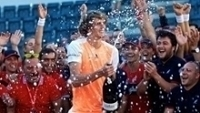 Zverev estoura bebida após o título no Masters 1000 de Roma