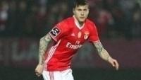 Zagueiro sueco Lindelof trocou o Benfica pelo Manchester United