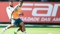 Jean durante treino do Palmeiras