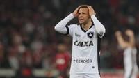 Botafogo empatou em casa e terá de superar desfalques contra o Atlético-GO