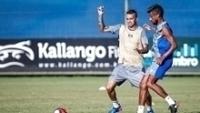 Luan e Lóe Moura durante treino do Grêmio