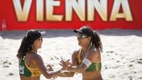 Larissa e Talita, no Mundial de vôlei de praia, em Viena